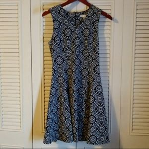 SALE! 3/$10 Cato fit and flare midi dress small